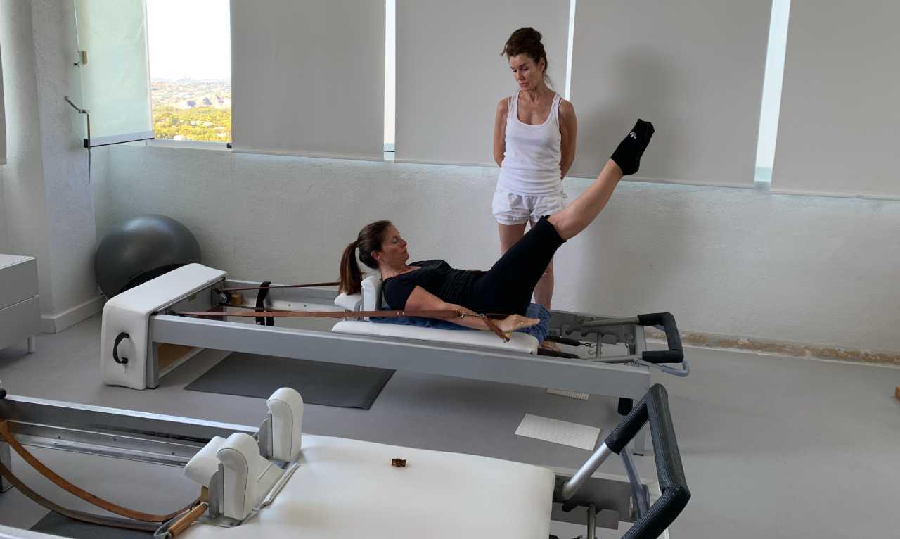 Sesión de Pilates con Anna Rubau